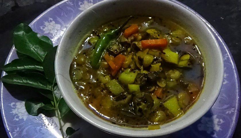 Vendakai sambar czyli sposób na okrę