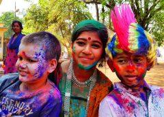 FESTIWAL HOLI W SANTINIKETAN, VISHVA BHARATI SCHOOL