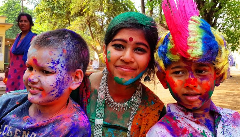 West Bengal: Festiwal Holi w Santiniketan, Vishva Bharati school