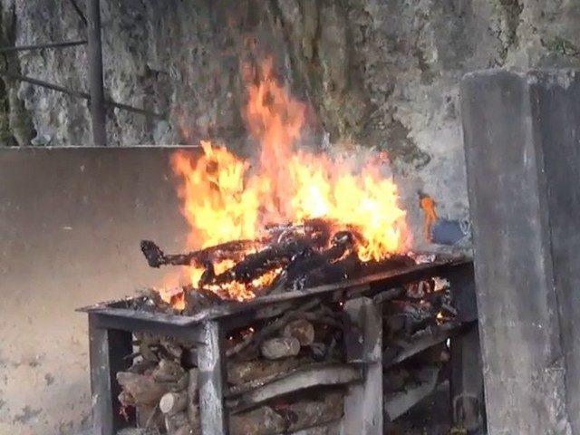 Kremacja w Indiach i Nepalu