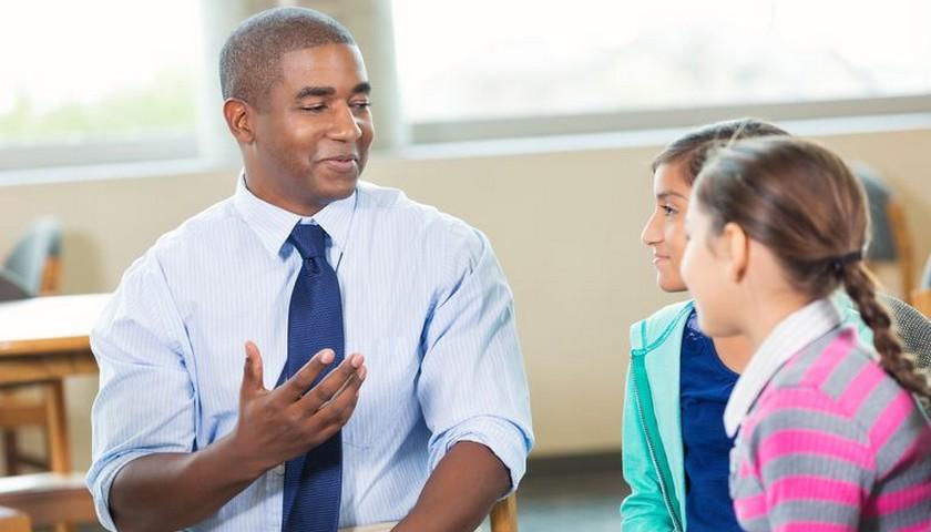 Поп или школьный психолог?