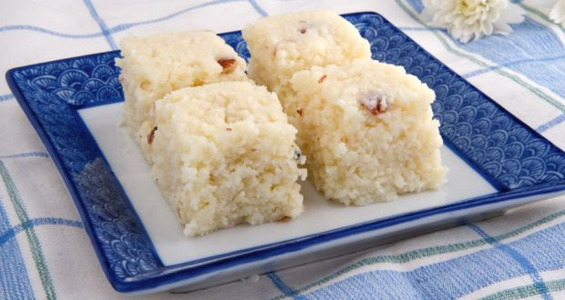 Nariyal barfi – Coconut biscuit