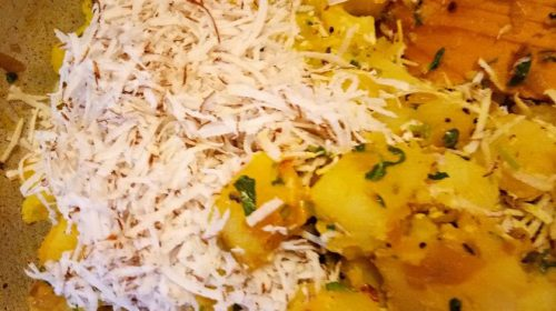Meth sabji – potato wth coconut